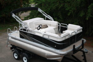 Grand Island T-Series | Boat Type | T&M Marine