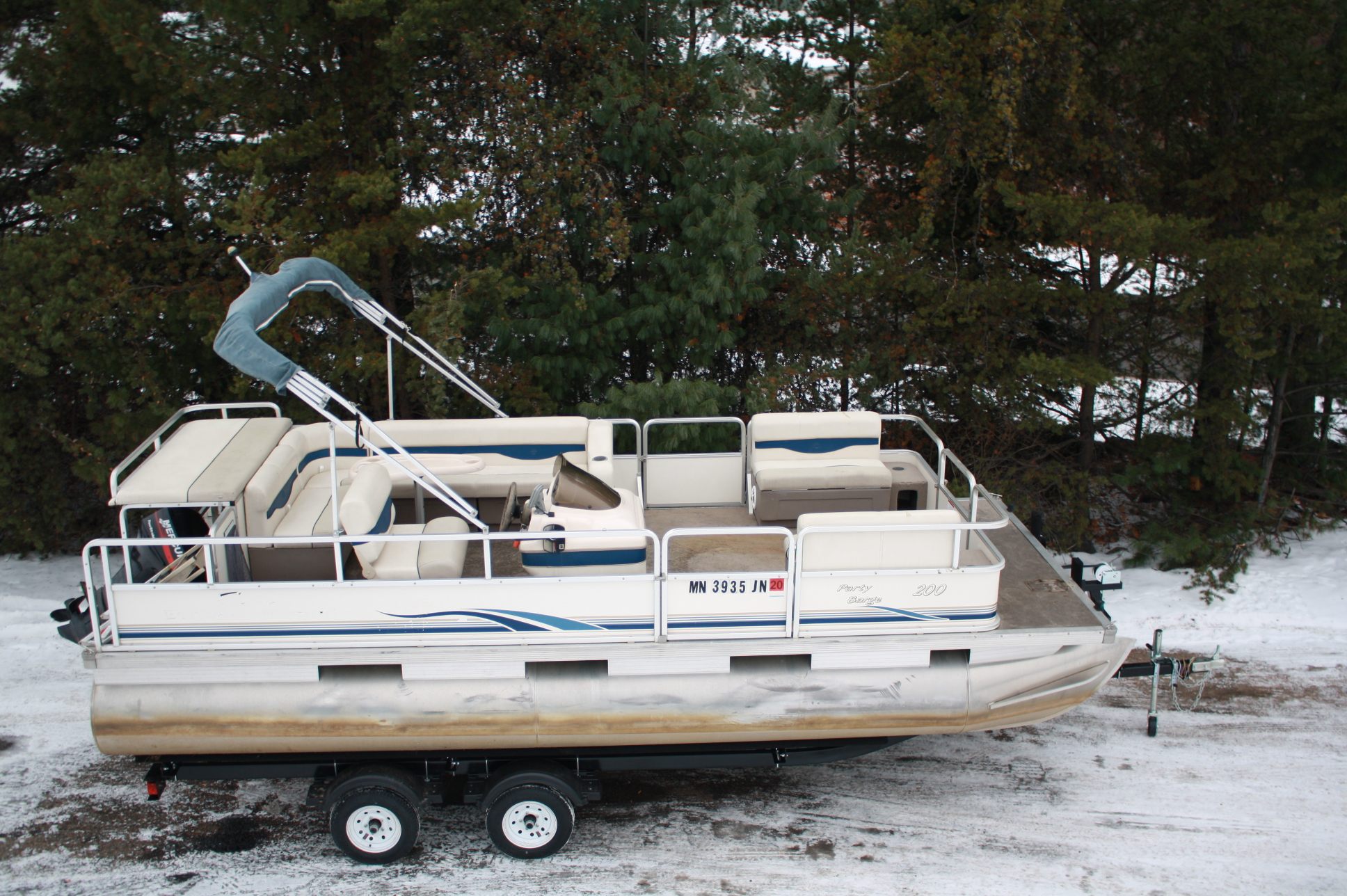 2003 Sun Tracker 20 Ft Party Barge Cruise Re Pontoon With