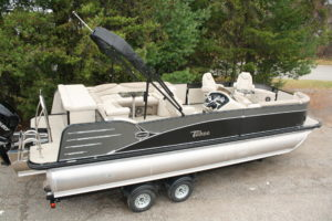 Clearance Pontoons | Boat Type | T&M Marine