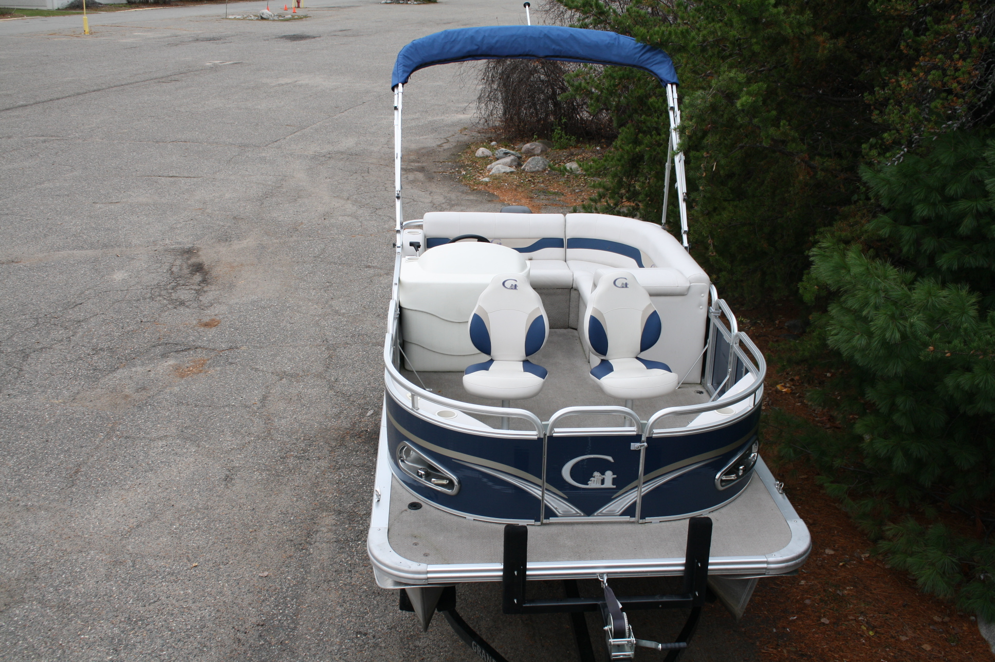 2015 14 Ft Tahoe Fish With 2015 25 Hp Mercury 4 Stroke